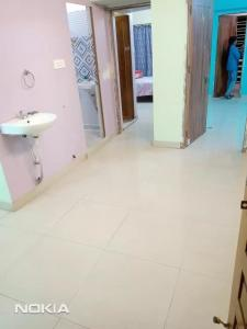 Gallery Cover Image of 940 Sq.ft 2 BHK Apartment for rent in Baguihati for 8500