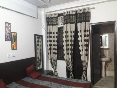 Gallery Cover Image of 200 Sq.ft 1 RK Apartment for rent in DLF Phase 3 for 11000