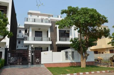 Gallery Cover Image of 769 Sq.ft 1 BHK Independent Floor for rent in Sector 5 for 11000