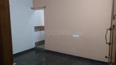 Gallery Cover Image of 600 Sq.ft 1 BHK Independent House for rent in 5th Phase for 13500