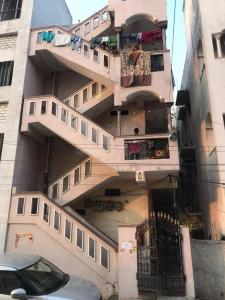 Gallery Cover Image of 1500 Sq.ft 1 BHK Independent House for buy in Adikmet for 6000000