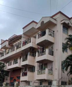 Gallery Cover Image of 1617 Sq.ft 3 BHK Apartment for buy in Golden Crescent, Richards Town for 16500000