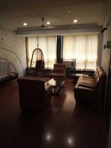Gallery Cover Image of 1250 Sq.ft 2 BHK Apartment for rent in Bandra West for 85000