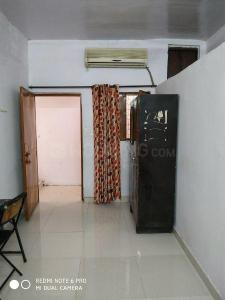 Gallery Cover Image of 500 Sq.ft 1 RK Independent Floor for rent in Ashok Vihar for 6500