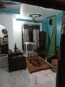 Gallery Cover Image of 1000 Sq.ft 3 BHK Apartment for buy in DLF Ankur Vihar for 2350000