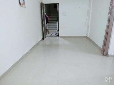 Gallery Cover Image of 1000 Sq.ft 2 BHK Apartment for rent in Greater Khanda for 13000