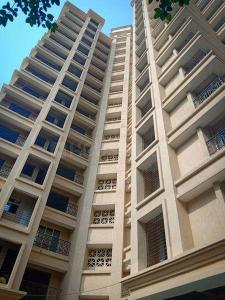 Gallery Cover Image of 537 Sq.ft 1 BHK Apartment for rent in Cosmos Habitate, Thane West for 17000