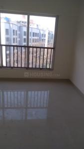 Gallery Cover Image of 1200 Sq.ft 3 BHK Apartment for rent in Parinee Adney, Dahisar West for 47000