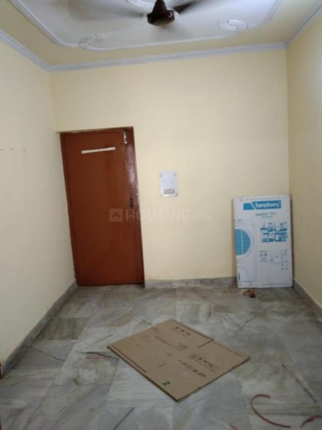 Living Room Image of 600 Sq.ft 1 BHK Apartment for rent in Sector 21C for 7500