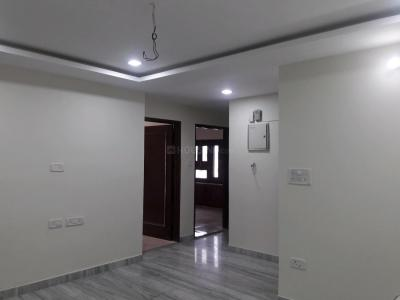 Gallery Cover Image of 1800 Sq.ft 3 BHK Apartment for rent in Model Town for 35000