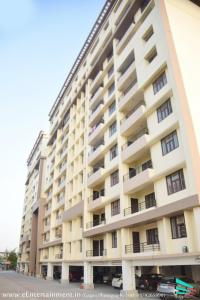 Gallery Cover Image of 1714 Sq.ft 3 BHK Apartment for buy in RK Park Ultima, Jankipuram Extension for 6090000