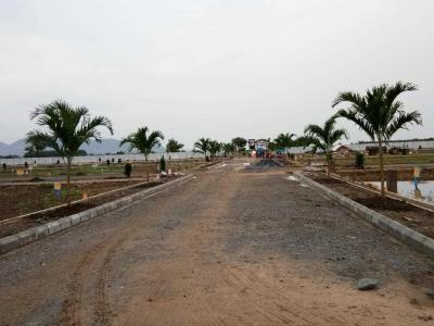 Gallery Cover Image of  Sq.ft Residential Plot for buy in Benz Circle for 675000