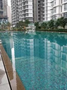 Gallery Cover Image of 1900 Sq.ft 3 BHK Apartment for rent in Worli for 140000