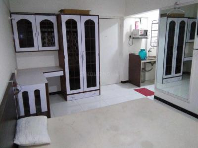Gallery Cover Image of 780 Sq.ft 2 BHK Apartment for rent in Goregaon East for 25000