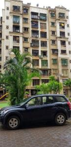 Gallery Cover Image of 915 Sq.ft 2 BHK Apartment for rent in Kandivali East for 27500
