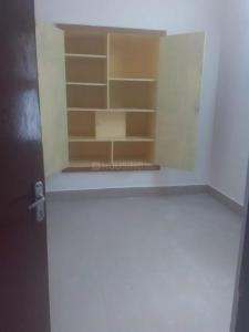 Gallery Cover Image of 765 Sq.ft 2 BHK Apartment for rent in T Nagar for 20000