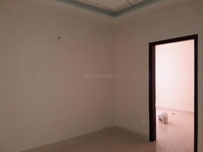 Gallery Cover Image of 900 Sq.ft 2 BHK Apartment for buy in Dayal Bagh Colony for 2500000