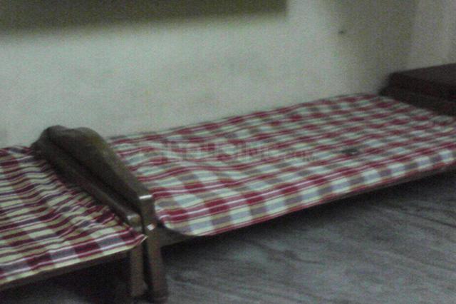 Bedroom Image of Emy PG Hostel in Thiruvanmiyur