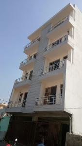 Gallery Cover Image of 1100 Sq.ft 3 BHK Apartment for buy in Sector 15 for 4210000