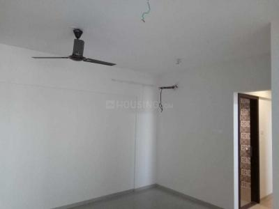 Gallery Cover Image of 720 Sq.ft 1 BHK Apartment for rent in Dahisar West for 21000