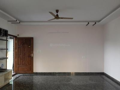 Gallery Cover Image of 1200 Sq.ft 2 BHK Apartment for rent in Jayanagar for 35000