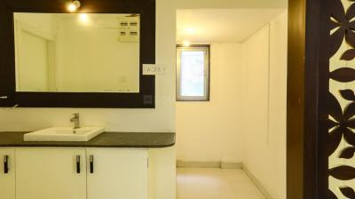 Gallery Cover Image of 1700 Sq.ft 3 BHK Apartment for rent in Shivaji Nagar for 45100
