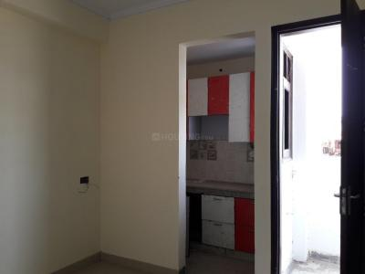 Gallery Cover Image of 270 Sq.ft 1 RK Apartment for rent in Sangam Vihar for 6000