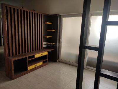Gallery Cover Image of 1700 Sq.ft 3 BHK Apartment for rent in Gaursons Hi Tech Sports Wood, Sector 79 for 18000