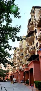 Gallery Cover Image of 1950 Sq.ft 3 BHK Apartment for rent in Raviraj Fortaleza Apartment, Kalyani Nagar for 46000