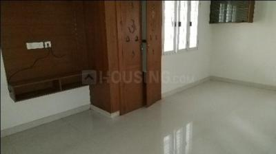 Gallery Cover Image of 1130 Sq.ft 2 BHK Apartment for rent in Kondapur for 21000