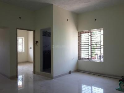 Gallery Cover Image of 840 Sq.ft 2 BHK Apartment for buy in Kolathur for 5500000