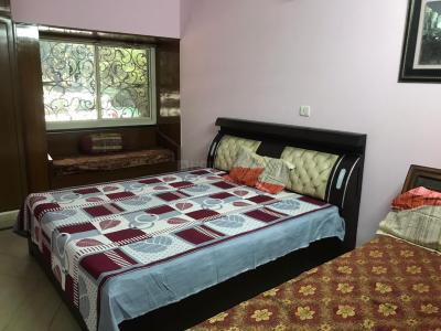 Gallery Cover Image of 1650 Sq.ft 3 BHK Apartment for rent in Sarita Vihar for 50000