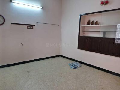 Gallery Cover Image of 480 Sq.ft 1 BHK Independent Floor for rent in Selaiyur for 6500