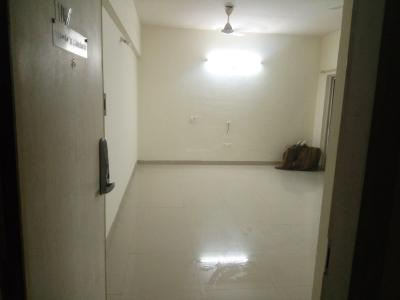 Gallery Cover Image of 465 Sq.ft 1 RK Apartment for rent in Amanora Park Town, Hadapsar for 10000