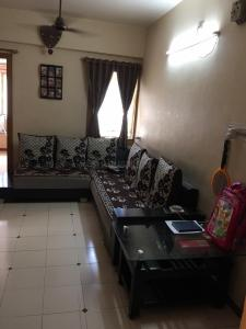 Gallery Cover Image of 150 Sq.ft 2 BHK Apartment for rent in Ghatlodiya for 12500