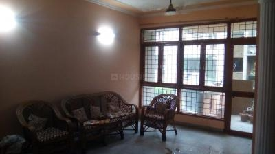 Gallery Cover Image of 1250 Sq.ft 3 BHK Apartment for rent in Sector 82 for 12000