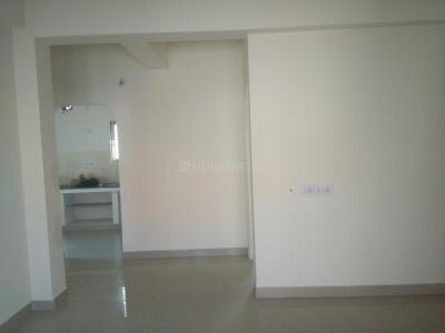 Gallery Cover Image of 786 Sq.ft 2 BHK Apartment for rent in Anakaputhur for 8500