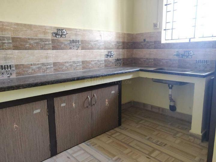 Kitchen Image of 600 Sq.ft 2 BHK Apartment for rent in Perungalathur for 13000