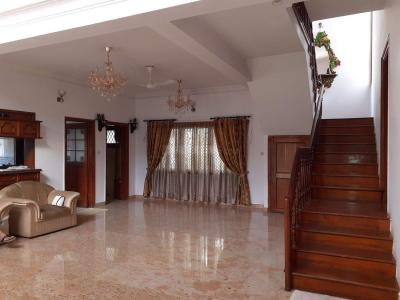 Gallery Cover Image of 5500 Sq.ft 5 BHK Villa for rent in Rajajinagar for 150000