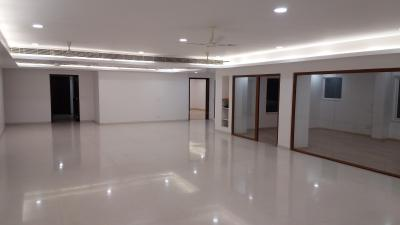Gallery Cover Image of 5882 Sq.ft 4 BHK Apartment for rent in Mylapore for 250000