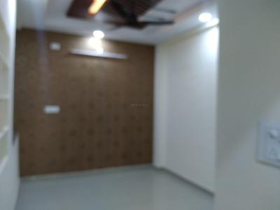 Gallery Cover Image of 2000 Sq.ft 6 BHK Independent House for buy in Puppalaguda for 11500000