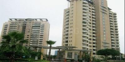 Gallery Cover Image of 5200 Sq.ft 5 BHK Apartment for rent in Unitech The World Spa South, Sector 30 for 150000