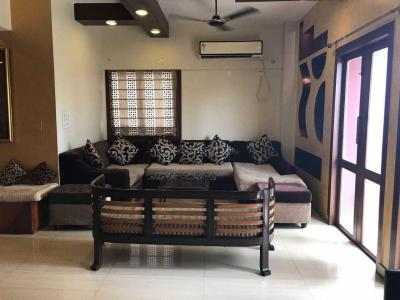 Gallery Cover Image of 2450 Sq.ft 3 BHK Apartment for rent in Santoshpur for 55000