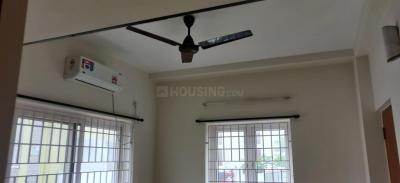 Gallery Cover Image of 5200 Sq.ft 2 BHK Independent House for rent in Thoraipakkam for 16000