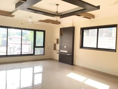 Gallery Cover Image of 1600 Sq.ft 3 BHK Apartment for rent in Malad West for 65000
