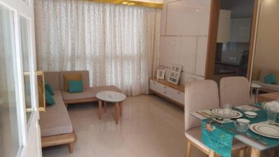Gallery Cover Image of 700 Sq.ft 2 BHK Apartment for buy in Andheri East for 13500000