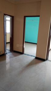 Gallery Cover Image of 1500 Sq.ft 3 BHK Apartment for rent in Vaibhav Khand for 15000