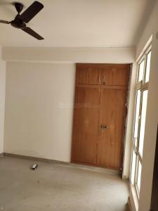 Gallery Cover Image of 630 Sq.ft 1 BHK Apartment for rent in Aditya GZB Celebrity Homes, Sector 76 for 12000