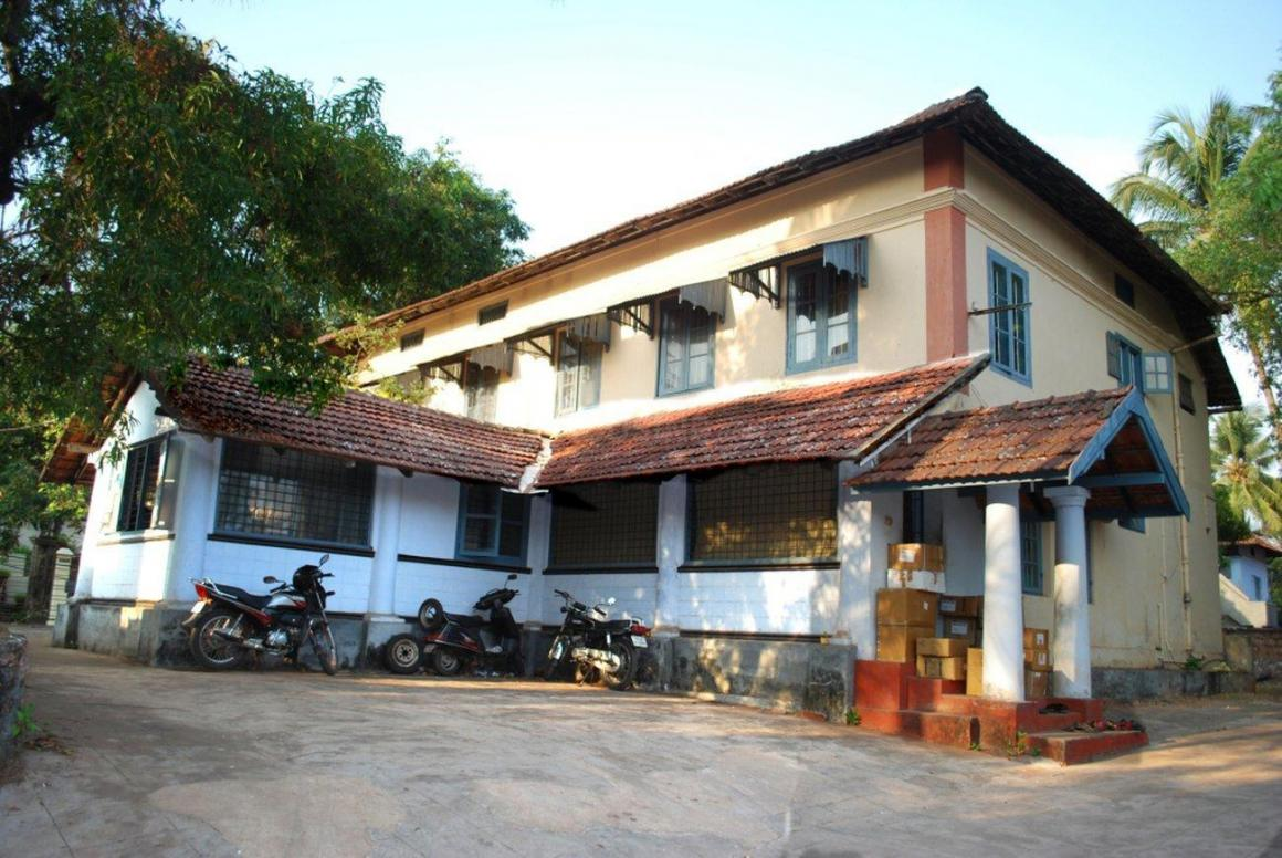 Building Image of 5500 Sq.ft 5 BHK Independent House for buy in Chalappuram for 100000000