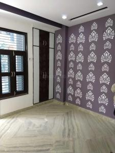 Gallery Cover Image of 450 Sq.ft 1 BHK Independent House for buy in Dwarka Mor for 1800000
